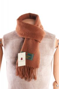 Vicuna, Airntully Scarf