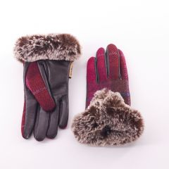 Ladies Fuchsia Tartan Gloves by Snow Paw