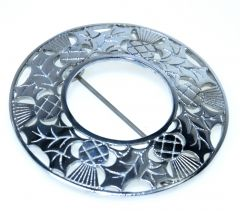 Plaid Brooch, Plain Thistle Design, Chrome