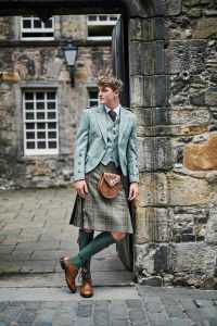 Crail & 5 Button Waistcoat Moss Clunie Hire Outfit